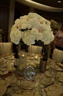 Centerpiece with crystals